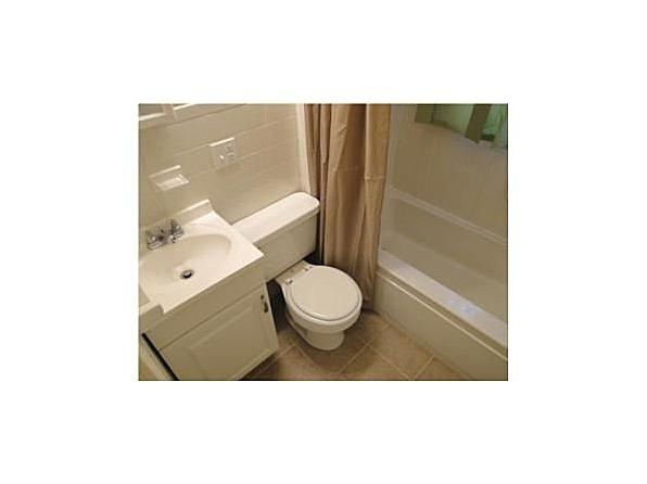 4bathroom